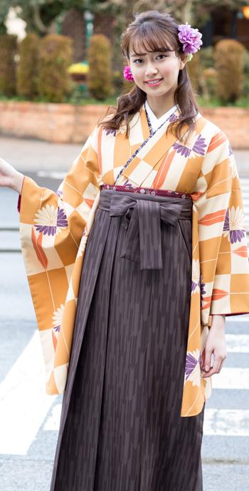 卒業衣装:着物733 袴404