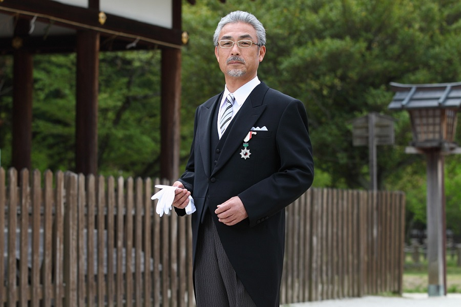 叙勲、褒章で参内する際に着用するモーニング 男性のドレスコードについて