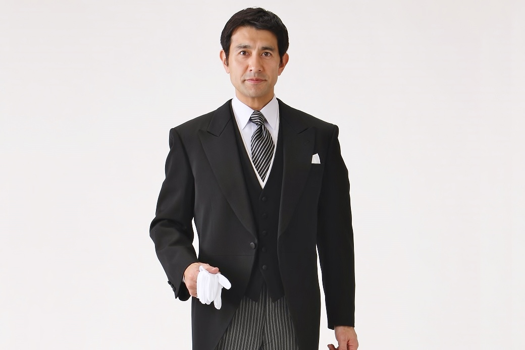 男性が慶事に着用する礼服のマナーについて