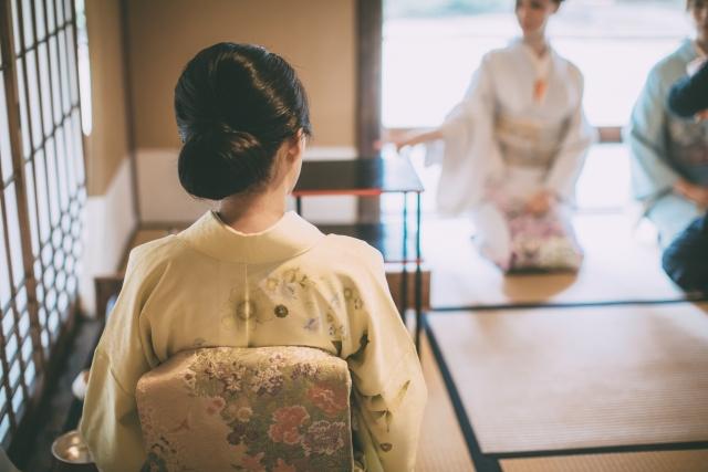 茶道で着る着物には、どんなルールや決まり事がある?【着物編】