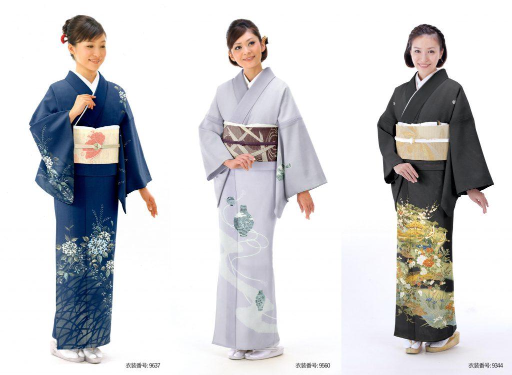 絽の着物を着た女性たち